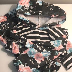 Girls hoodie and pants set